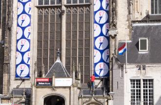 Vorbereitungen für die nationale Gedenkveranstaltung in der Nieuwe Kerk