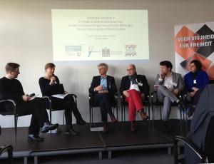Discussiepanel tijdens de conferentie. Afb.: Duitsland Instituut Amsterdam